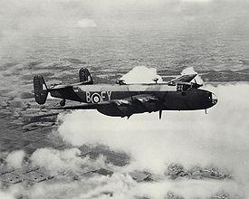 Handley Page Halifax 275px-Halifax_Bomber_2_ExCC