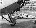 Hangar op Schiphol met Junker-vliegtuigen, Bestanddeelnr 189-0376.jpg