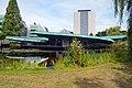 Het Goudsmit Paviljoen voor Nuclear Magnetic Resonance-onderzoek NMR-paviljoen met links het Huygensgebouw en achter het Mercator gebouw Radboud Universiteit Nijmegen.jpg