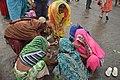 Hindu Devotees Preparing For Ganga Puja - Makar Sankranti Observance - Baje Kadamtala Ghat - Kolkata 2018-01-14 6674.JPG
