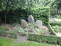 Holmens Kirkegård - Heiberg og Gyllembourg.jpg
