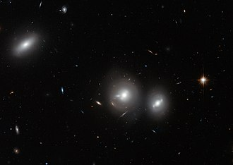 Coma Cluster - Image: Hubble close up on the Coma Cluster