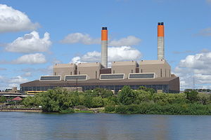 Huntly Power Station - Huntly Power Station in 2005, with the four steam turbine units (two operational as of 2017).