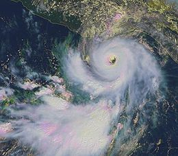 Hurricane Lester (1998) GOES.JPG