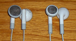 http://upload.wikimedia.org/wikipedia/commons/thumb/1/1d/IPod_Earbuds.JPG/320px-IPod_Earbuds.JPG