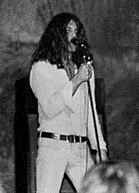 Gillan onstage with Deep Purple in Clemson, South Carolina, 15 January 1972