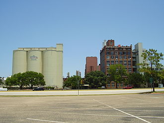 Imperial Sugar - Another view of the sugar factory in Sugar Land
