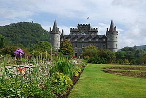 Inveraray - Inveraray Castle - panoramio (1)