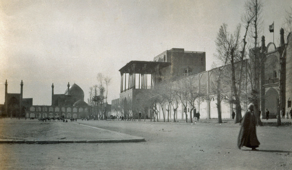 isfahan article