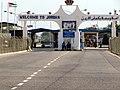 Israel Border Crossing in Eilat going into Jordan (4053773390).jpg