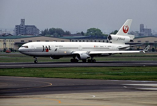 JAL MD-11 JA8585