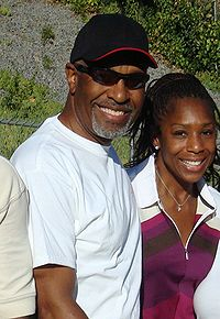 James Pickens Jr., odtwórca roli Richarda Webbera