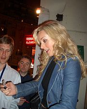 Jane Krakowski, Guys and Dolls signing, London.jpg