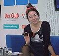 Jenny-Mai Nuyen auf dem Blauen Sofa.jpg