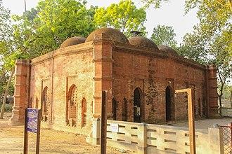 Jhenaidah District - Image: Jhenaidah Golakata Mosque 20Mar 14 IMG 7001