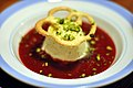 Jordbærsuppe med mynteparfait (5046586487).jpg