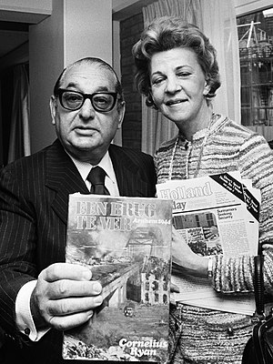 Joseph E. Levine - Joseph Levine and Cathy Ryan, widow of Cornelius Ryan, announcing the production of A Bridge Too Far in 1975.