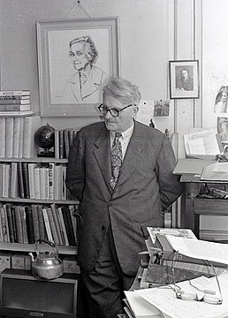 Joseph Needham in Cambridge 1965 04.jpg