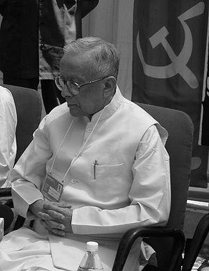 Bengal CPM leader Jyoti Basu, who led a protes...