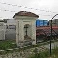 Kaplička na jižním okraji Pelhřimova v části Lhotka (Q67180766) 01.jpg