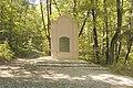 Kapliczka u podnóża Ślęży - panoramio.jpg