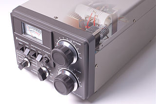 Antenna tuner Telecommunications device