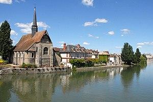 Yonne - Image: Léglise Saint Maurice et l Yonne à Sens (2637691088)
