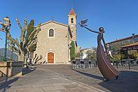 L'église Saint-Michel de Castagniers.jpg