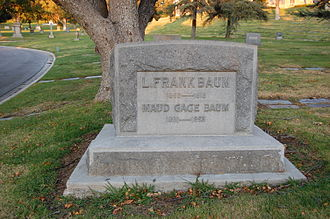 L. Frank Baum - L. Frank Baum grave at Forest Lawn Cemetery in Glendale, California. December 2011.