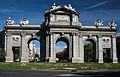 La Puerta de Alcala en Madrid.jpg
