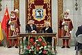 La alcaldesa entrega la Llave de Madrid al presidente chino en su visita al Ayuntamiento 09.jpg