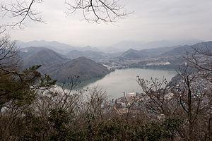 Lake Sagami 01.jpg