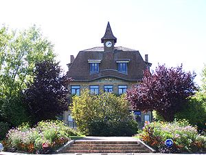 Les Clayes-sous-Bois - The town hall in Les Clayes-sous-Bois