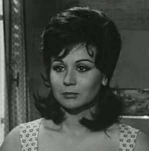 Liana Orfei - Orfei in I nostri mariti (1966)