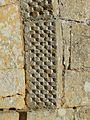 Limeuil église St Martin portail décor (2).jpg