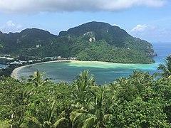 Loh Dalum Bay, Ko Phi Phi Don.jpg