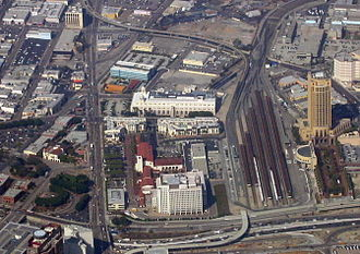 Transportation in Los Angeles - Los Angeles Union Station, hub for LACMTA metro lines and buses, Metrolink and Amtrak trains, and the Hollywood Freeway, one of Los Angeles' major thoroughfares