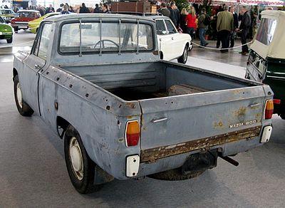 400px-MHV_Mazda_Familia_800_Pickup_1967_02.jpg