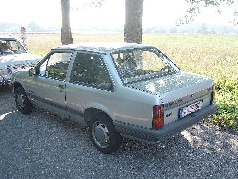 avvistamenti auto storiche - Pagina 3 800px-MHV_Opel_Corsa_TR_02