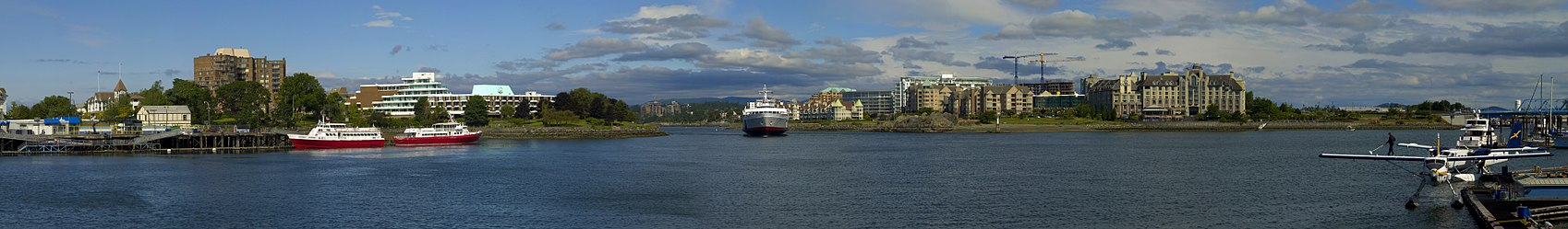 MV Coho in Victoria's inner harbor.jpg
