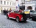 Malá Strana, historický automobil, Lázeňská.jpg