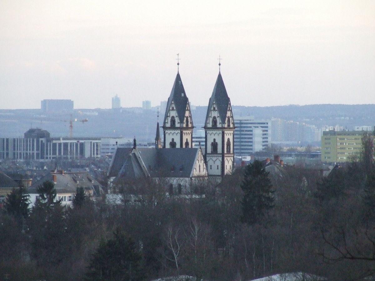 Maria-Hilf-Kirche (Wiesbaden) – Wikipedia