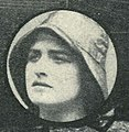 Marjorie Villis 1919 magazine head and shoulders.jpg