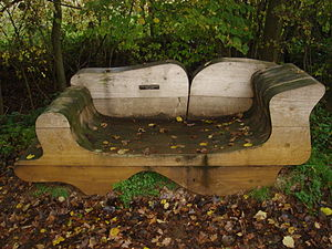 English: Wooden bench at Marriott's Way, Norfolk