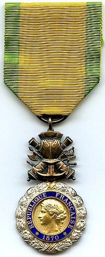 Medaille Militaire 3e Republique France.jpg