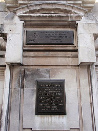 Methodist Central Hall, Westminster - The 50th anniversary plaque of the first meeting of the United Nations General Assembly in Methodist Central Hall