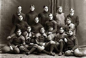 1900 Michigan Wolverines football team - Image: Michigan Wolverines footb 1900