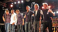 Mike and the Mechanics 2012.jpg