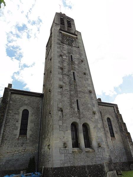 Montbavin (Aisne) l'eglise, la tour