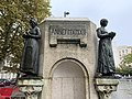 Monument Jacquard St Étienne Loire 11.jpg